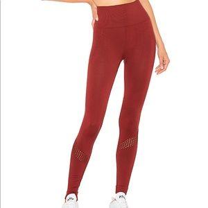 alala seamless legging in berry